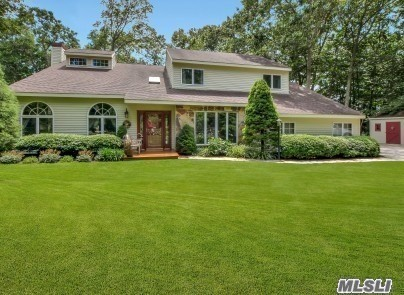 Residencial à venda em 65 Baiting Dr, Baiting Hollow, NY ,11933  , EUA