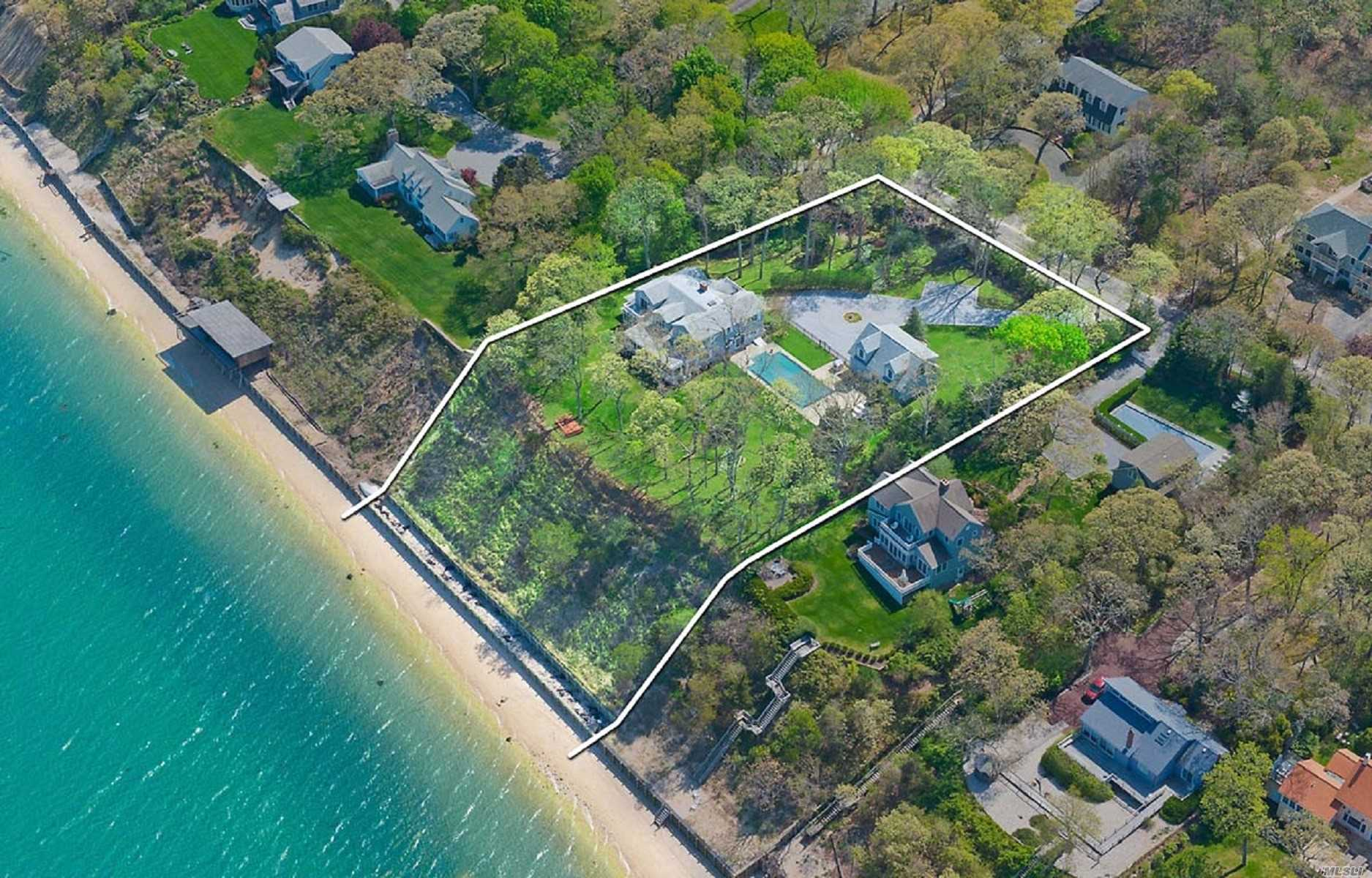 Residencial à venda em 4875 Nassau Point Rd, Cutchogue, NY ,11935  , EUA