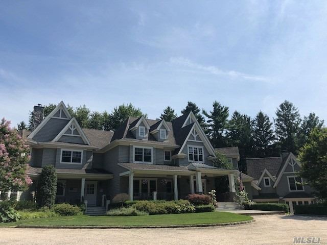 Residencial à venda em 1436 Ridge Road, Laurel Hollow, NY ,11791  , EUA