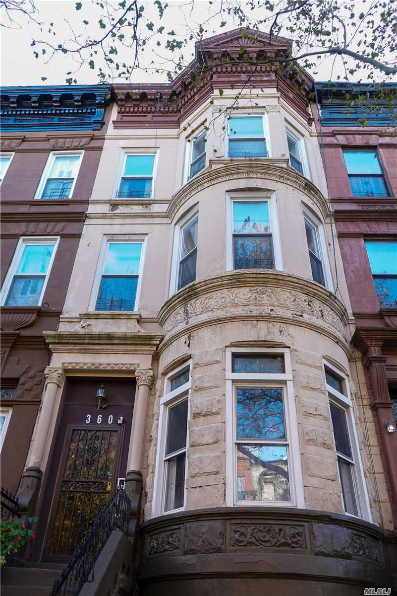 Residencial à venda em 360 Jefferson Ave, Brooklyn, NY ,11221  , EUA