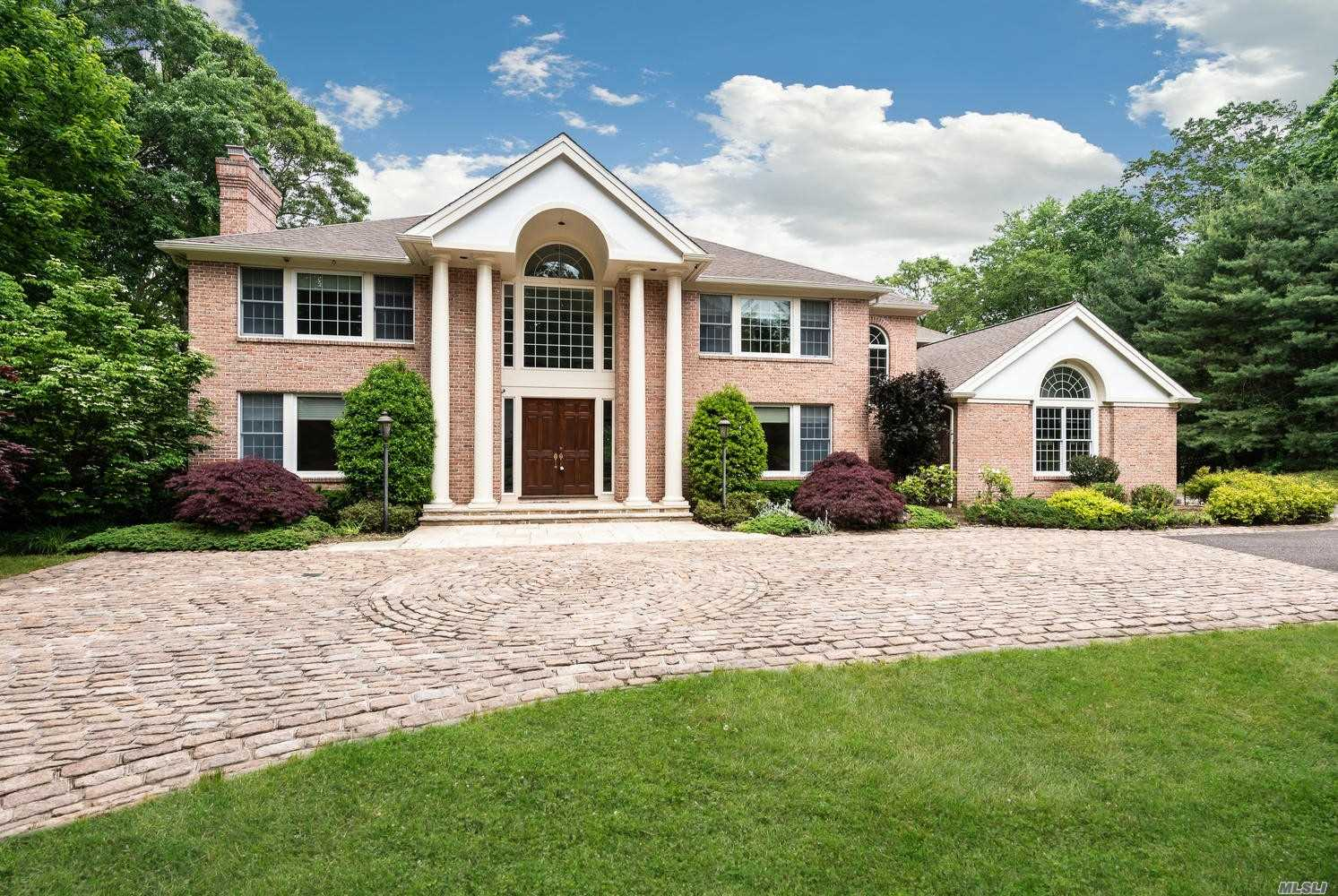 Residencial à venda em 5 Tall Oak Ct, Oyster Bay Cove, NY ,11791  , EUA