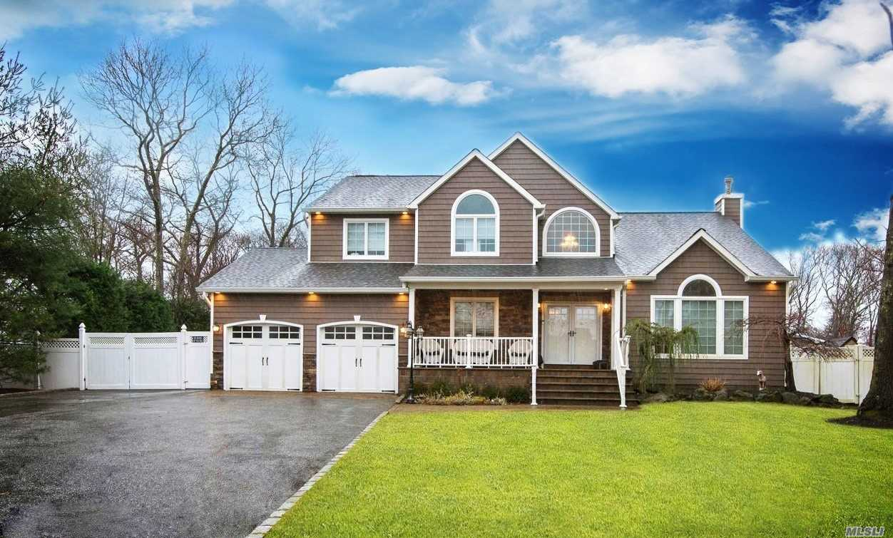 Residencial à venda em 37 Washington Ave, Smithtown, NY ,11787  , EUA
