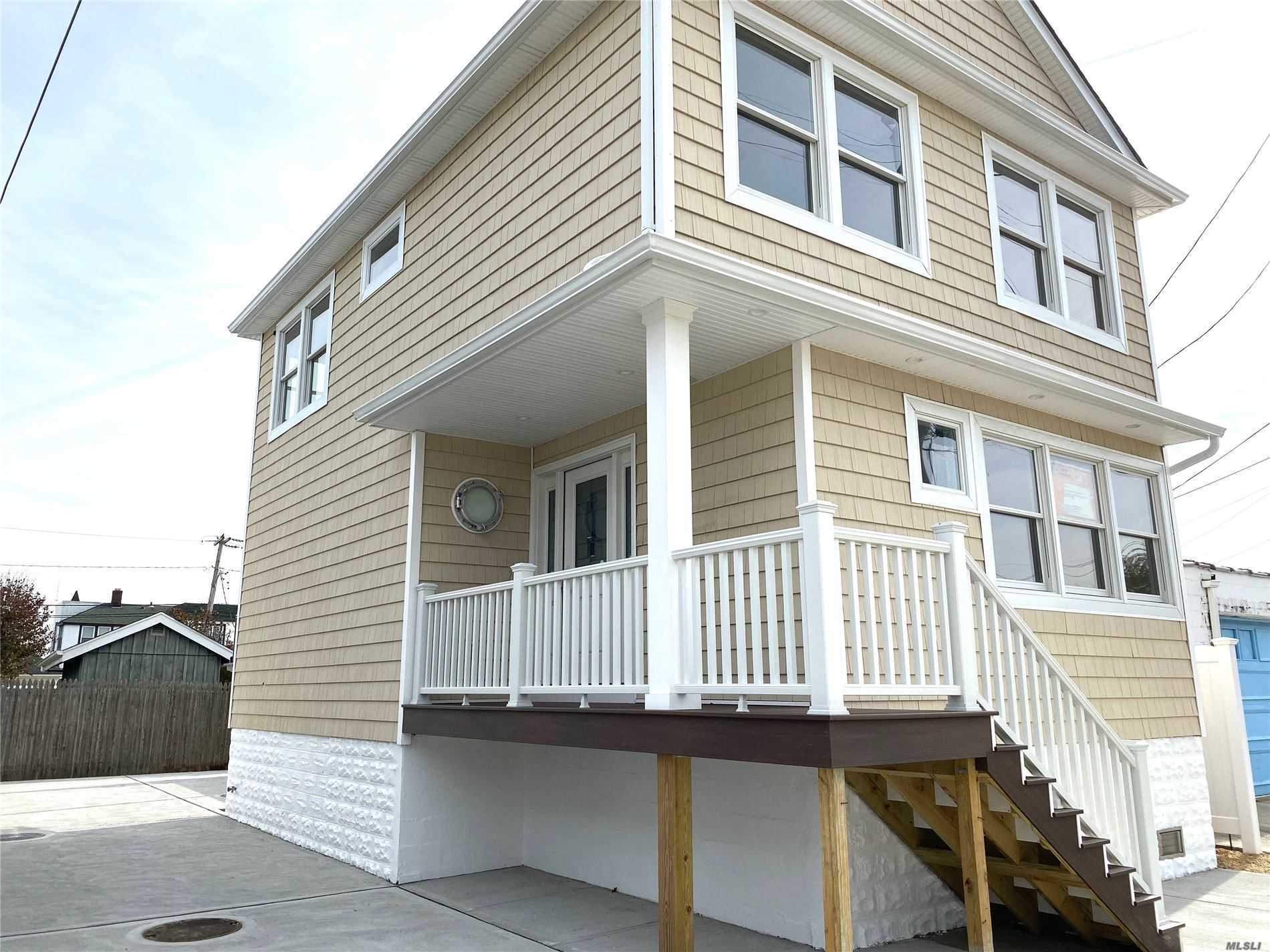 Residencial à venda em 20 Baldwin Ave N Ave, Point Lookout, NY ,11569  , EUA