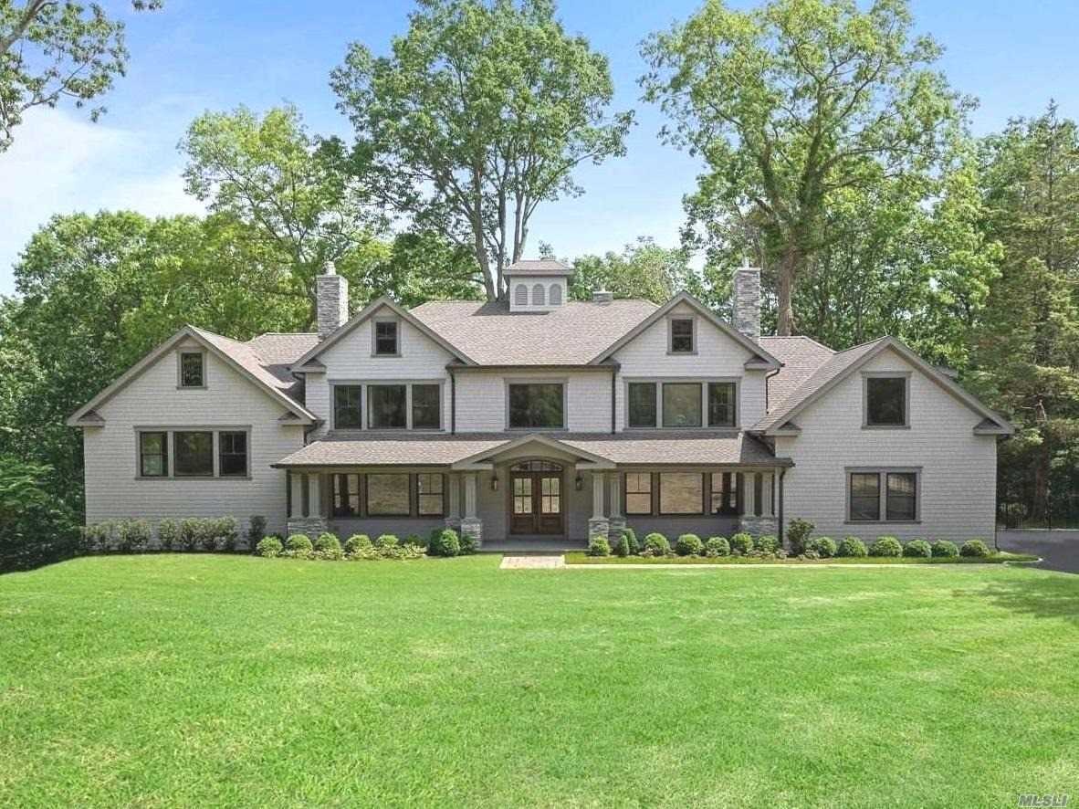 Residencial à venda em 147 Laurel Lane, Laurel Hollow, NY ,11791  , EUA