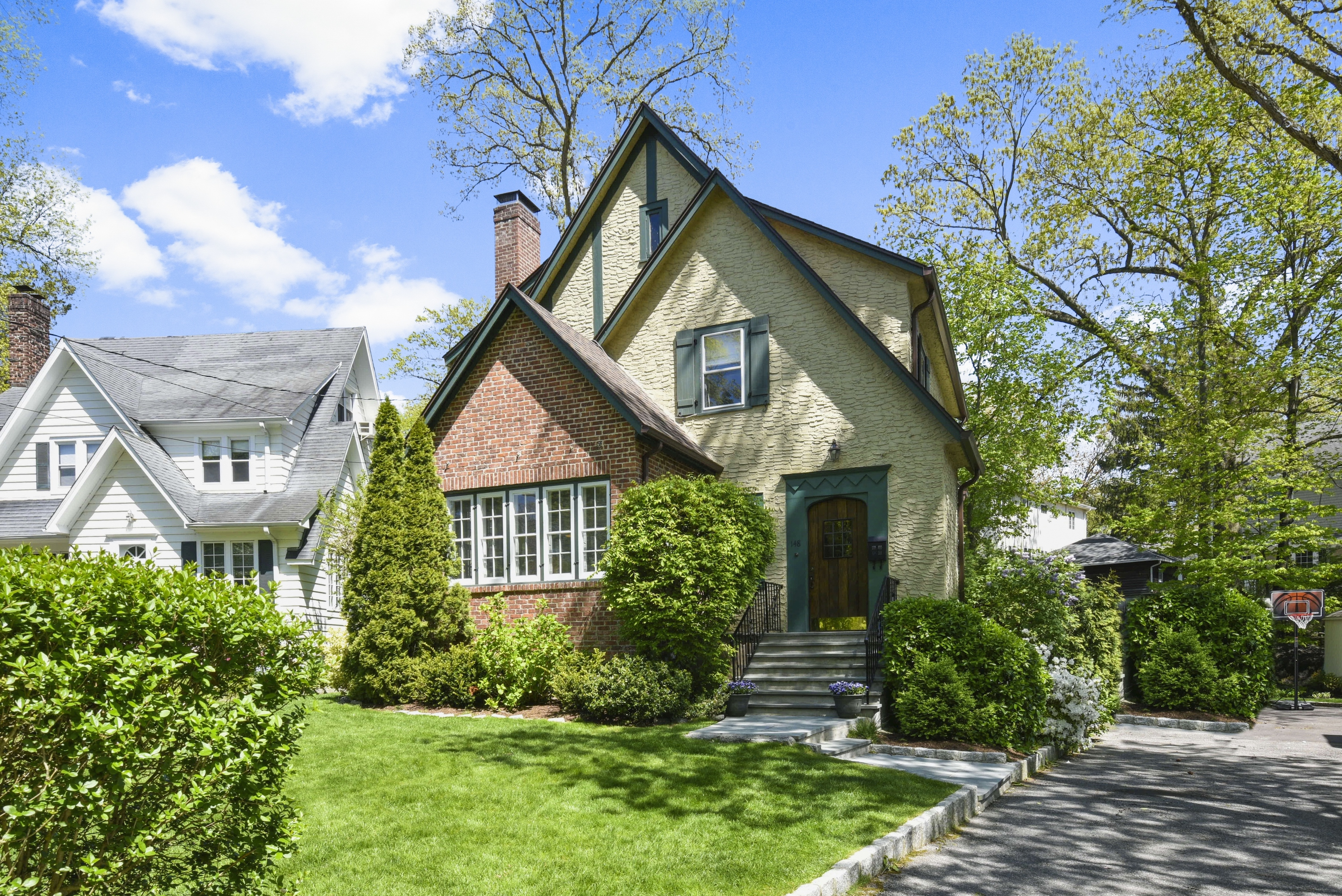 Casa unifamiliar Para Venda em 148 Valley Stream Road E, Larchmont, NY ,10538  , EUA